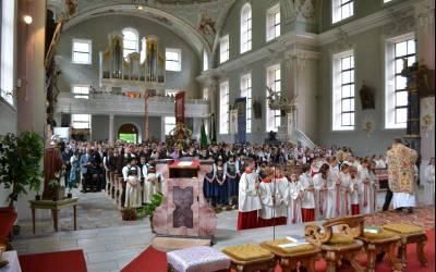 Geburtstag und Dankesfeier für Pfarrer Josef in Neustift