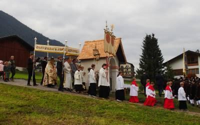 Rosenkranz- und Erntedankfest in Telfes