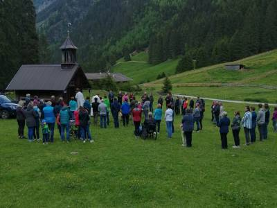 Hl Messe mit Almsegnung in Falbeson