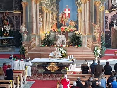 Ostern in der Pfarrkirche Neustift