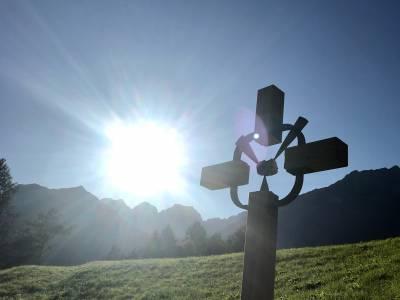 Das Kreuz am Weg